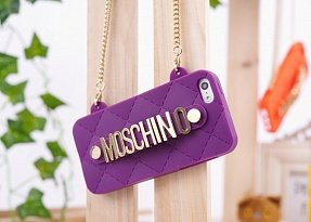 Чехол Moschino для iPhone 5 / 5s Chained Logo фиолетовый