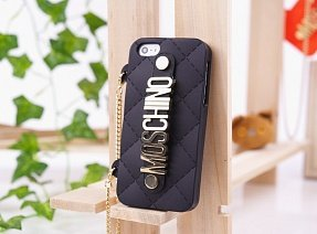 Чехол Moschino для iPhone 5 / 5s Chained Logo черный