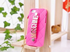 Чехол Moschino для iPhone 5 / 5s Chained Logo розовый